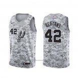 Maillot San Antonio Spurs Davis Bertans #42 Earned Camouflage